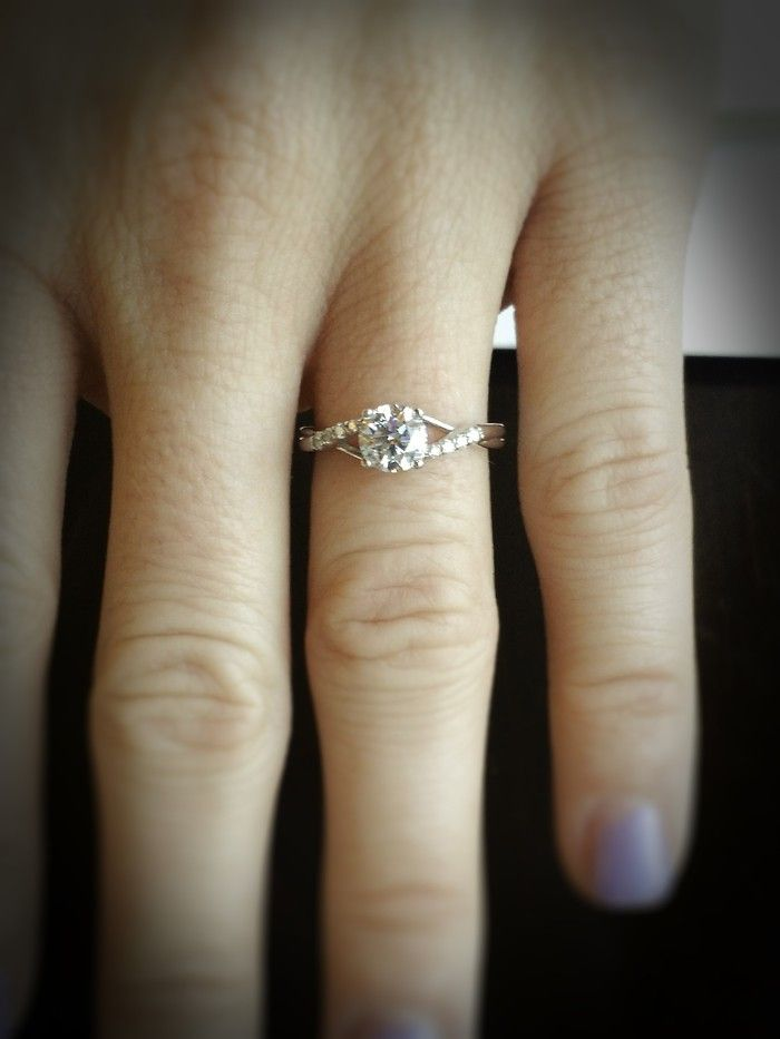 Loving this twist on a classic engagement ring style! Still perfectly simple, but with a special look. <3