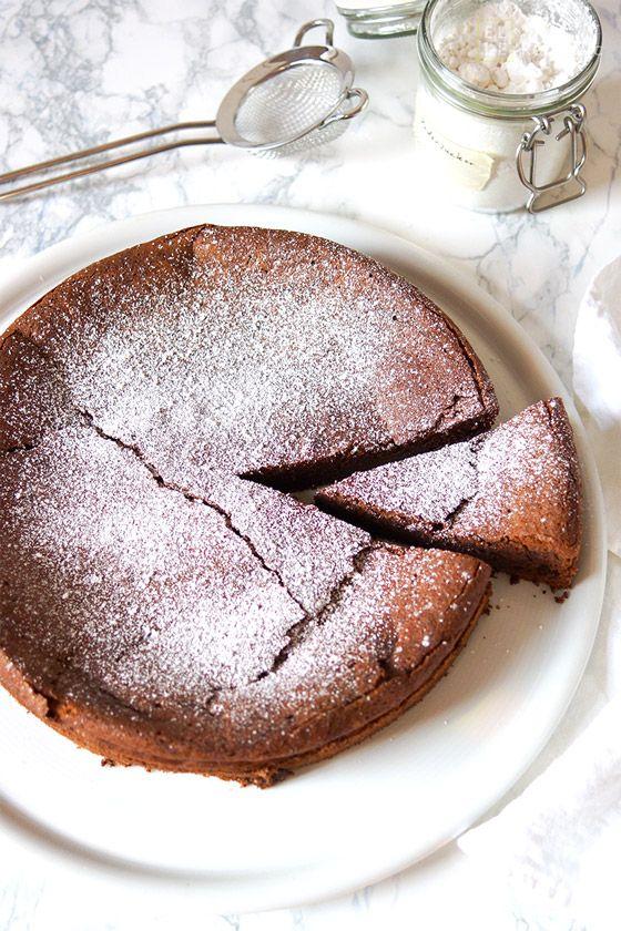 Einfache Rezept für Schokoladensouffle (Schokoladenkuchen) ohne Mehl