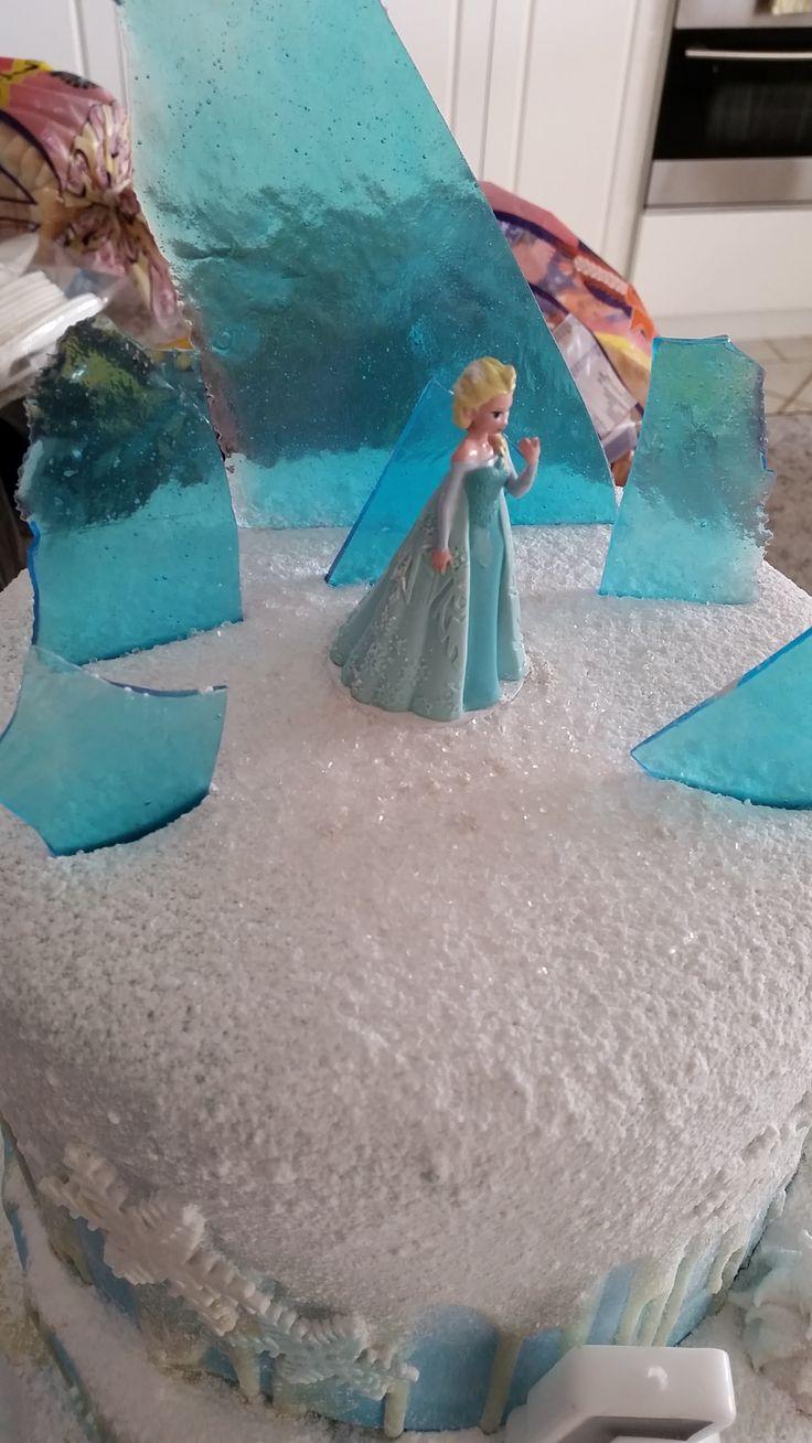 Disney Frozen Elsa cake top