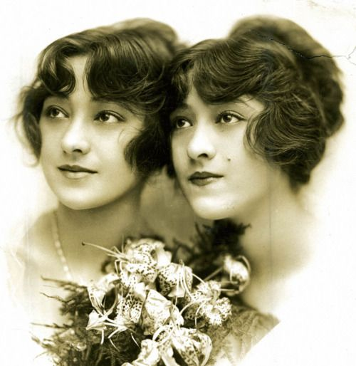 The Dolly Sisters, Rosie and Jenny @Rebecca Feldman prettiest photo of them that I have seen in some time.