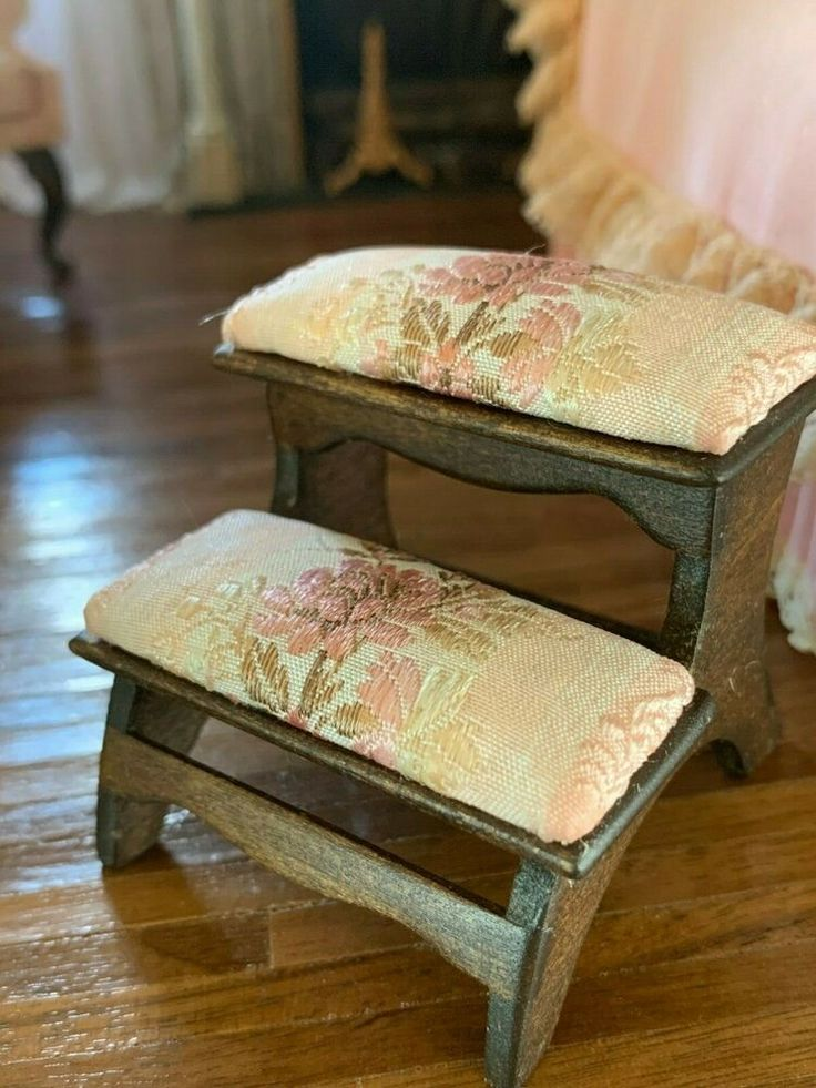 Bed Step Stool: 1986 Nellie Bell Miniature Dollhouse Artisan Pink Silk