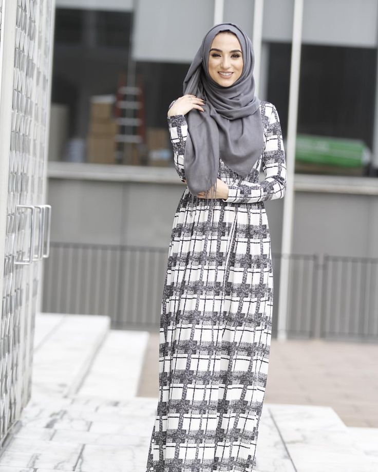 White pattern maxi dress is Perfect for all season