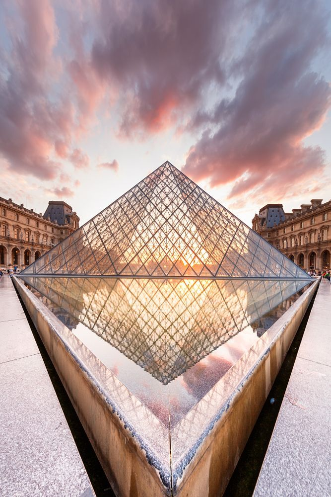 A new perspective on the Pyramide du Louvre by Loïc Lagarde