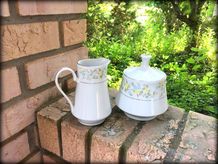 "Crown Ming Creamer and Sugar Bowl with Lid. ""Spring Garden"