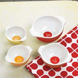 Anna Gare Red Retro Measuring Cups