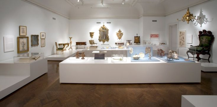 Museum Exhibit Cases Designer - Museum Exhibit Stands | Creative Engineering