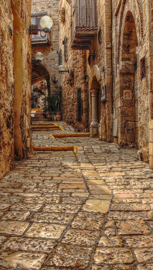 An old Jaffa street in Tel Aviv, Israel • photo: Vlad F on Flickr