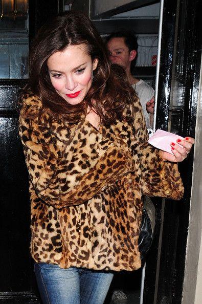 Anna Friel leaves Theatre Royal