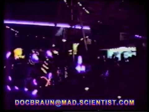 DOC BRAUN EXPO 88 PARADE