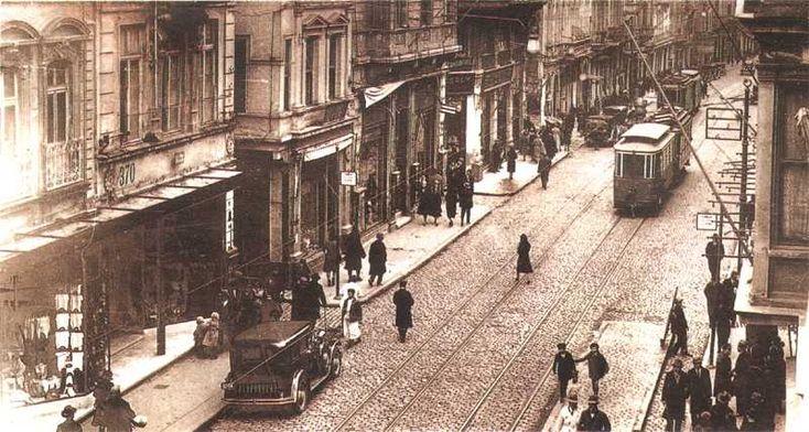 poli...beyoglu 1930s