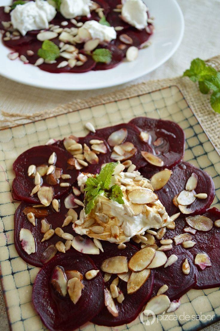 Ensalada de betabel con jocoque y almendras www.pizcadesabor.com