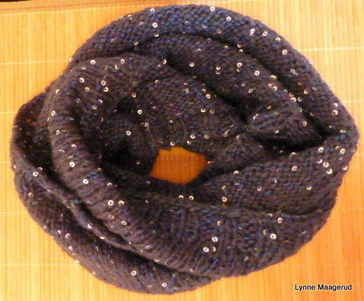 Handknitted cowl in dark blue with sequins by LynnesEbooks on Etsy