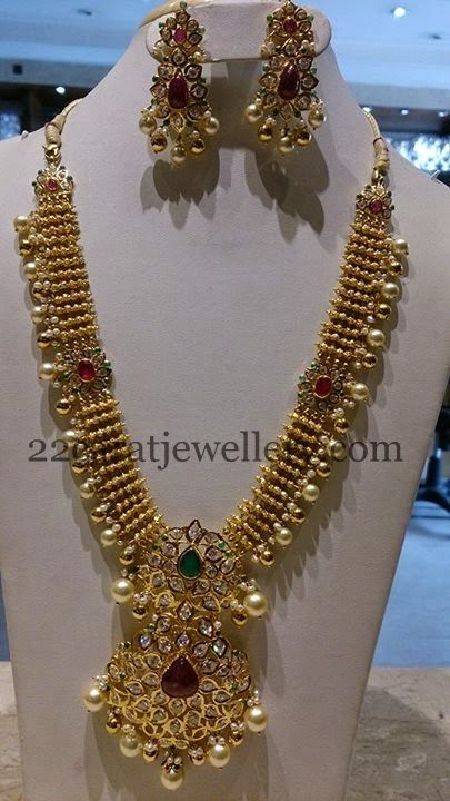 Jewellery Designs: Kundan Necklace Uncut Pendant