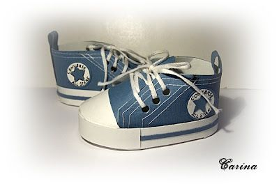 "Papercraft you some Snoop Dogg Chucks?  Hey..you could always use them as ""Snoop's treat boxes"" in Washington or Colorado?  Haha..I kid, I kid: Projects, Paper Shoes, Boxes, Carinaspysselsida, Paper Crafts, Craft Ideas, Baby Shower, Baby Converse Shoes"