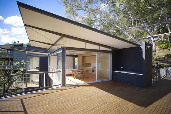Eva-Marie Prineas's beautiful designs. Love this house on Avoca Beach - very modern Australian.