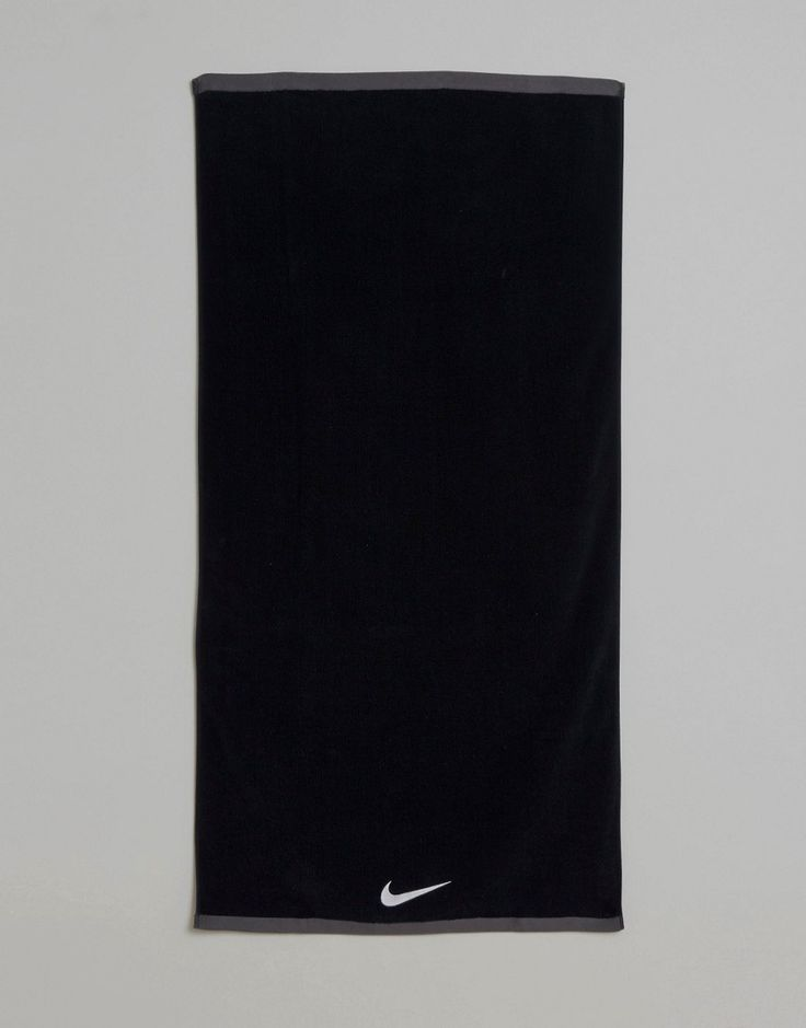Get this Nike's sports bag now! Click for more details. Worldwide shipping. Nike Fundamental Large Towel In Black ET.17L010 - Black: Training towel by Nike, Fast-drying cotton, Lightweight design, Rectangle shaped, Contrast trim, Nike Swoosh detail, Machine wash, 100% Cotton. Back in 1971 Blue Ribbons Sports introduced the concept of the Greek Goddess of Victory - Nike. Founded a year later in 1972, Nike have a long and esteemed history of creating functional yet stylish streetwear, covering…
