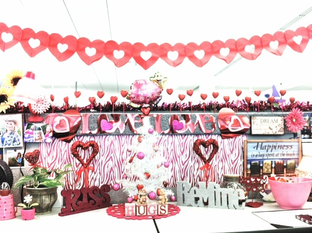 valentine day cubicle decorations