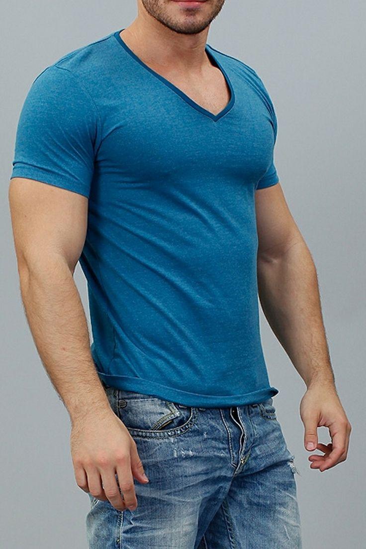 Этим летом будь в отличной спортивной форме, которую легко можно подчеркнуть футболкой от  TOM TAILOR http://donothing.com.ua/products/SE010182 #мода #мужчины #стиль #donothing