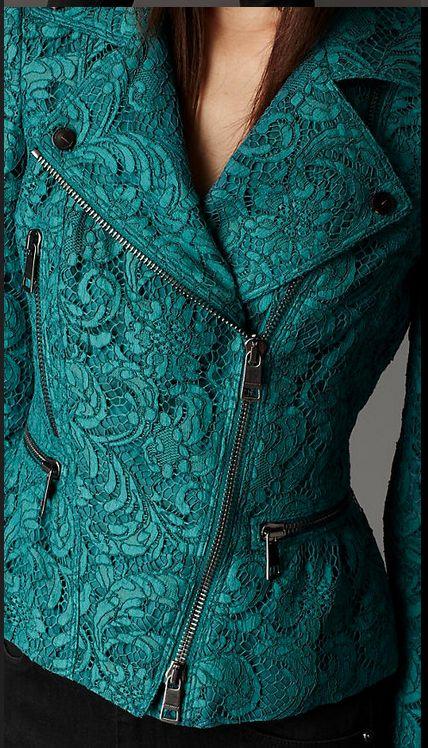 Keywords: embellishment, classic, casual