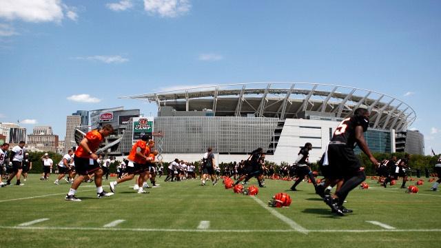 Cincinnati Bengals: Owner Says No To New T.V Blackout Rule : Cincinnati Bengals