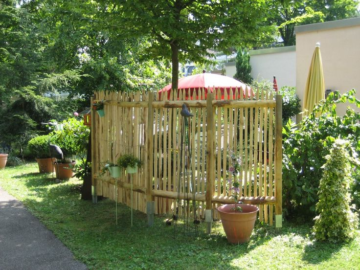 Die besten 25 kastanienzaun ideen auf pinterest h hner - Zaunfabrik natur de ...