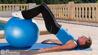 The Ultimate Retreat Company: Simple swiss ball exercises to keep you toned!
