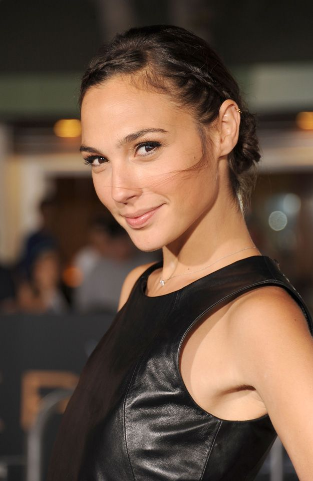 Gal Gadot Cast as Wonder Woman in Batman vs. Superman! | Superhero Hype