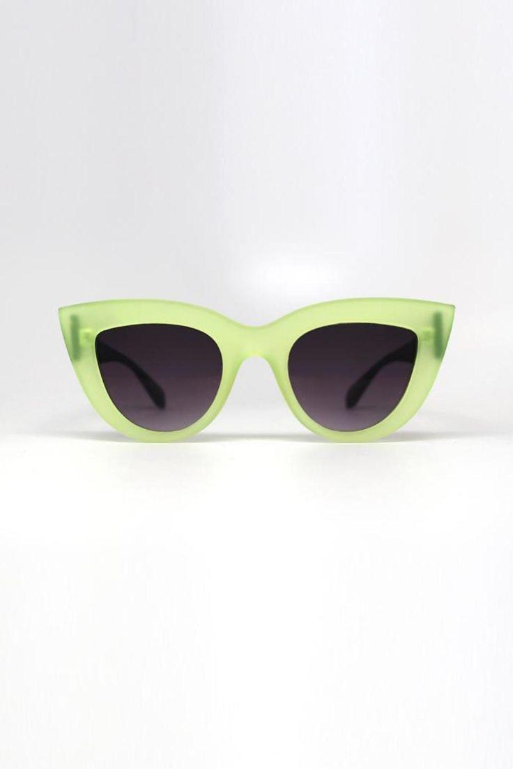 Quay Kitti Sunglasses  - main