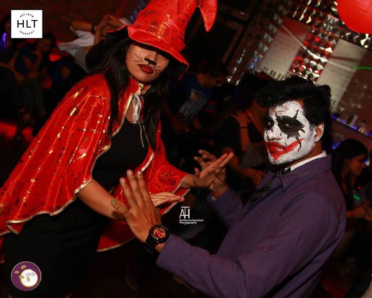 Pirate night  #Salsa #Dance #SalsaDancing #HLT #Kolkata #HotLatinThursday #ALittleBitOfEverything #DressUp #Themenight   Amit H. Teckchandani photography