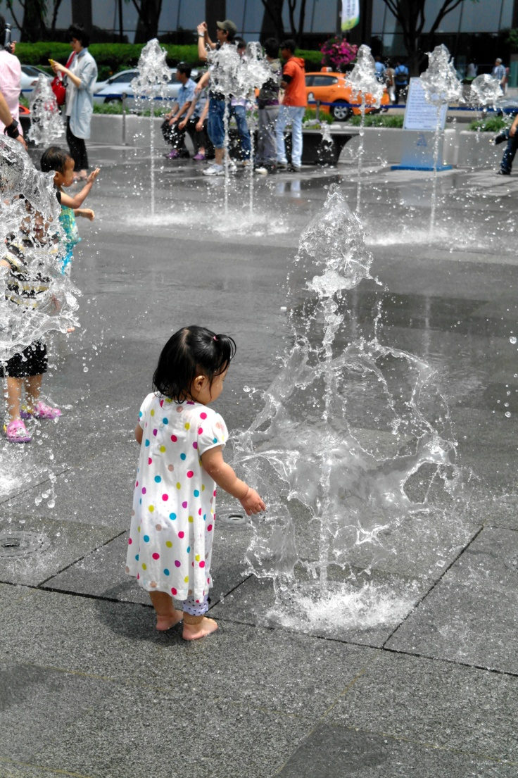 fountain and.. little girl.