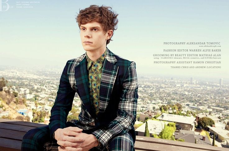27 Times You Couldn't Help but Surrender to Evan Peters' Hotness