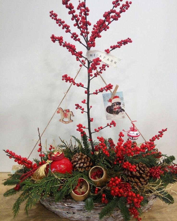 Christmas boat  #greek #christmas #flowershop #oneiranthi #rethymno #crete #greece
