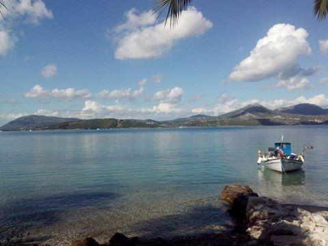 Τhe serenity of eastern Lefkada #lefkadaslowguide #lefkadazin #lefkada #sea #summer #greece #relax #boat #sky #blue #holidays