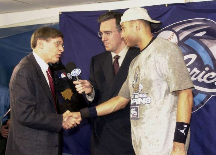 Derek Jeter's career retrospective  -  May 8, 2017:      2000: JETER WINS WORLD SERIES MVP  -    Jeter was on fire in the 2000 World Series, going 9-for-22 with two home runs in the Subway Series against the Mets.