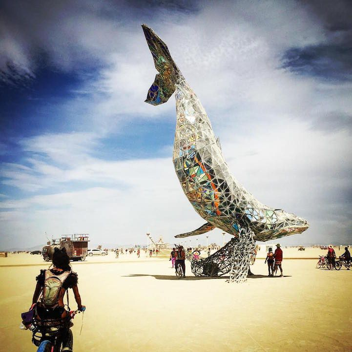 27 Photos Capturing Burning Man 2016's Creative and Carefree Culture - My Modern…