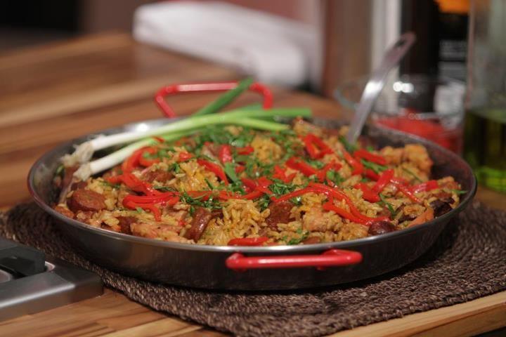 Cocina a lo Boricua: Paella Criolla del Chef Piñeiro