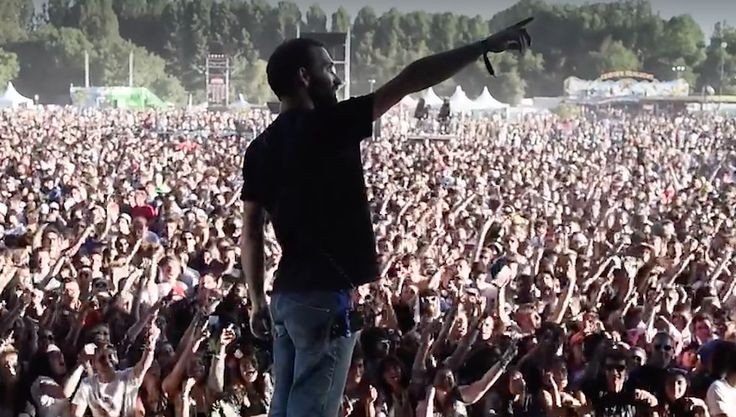 Este técnico de sonido vivió su momento de gloria accidental en un festival