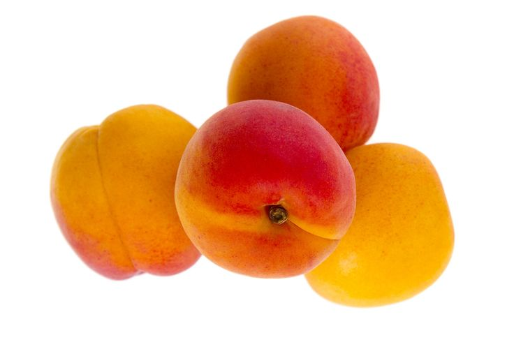Sugar in whole fruit vs sugar in dried fruit