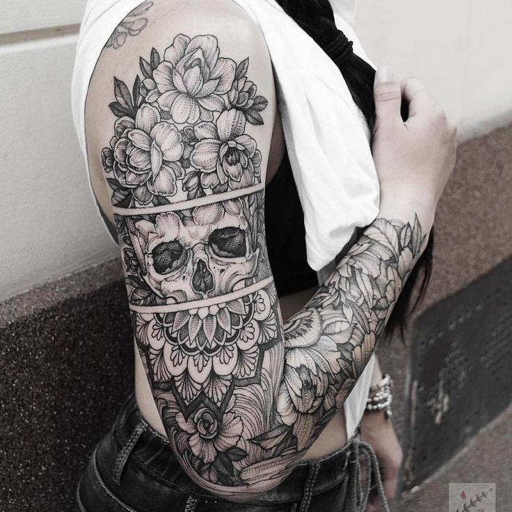 Красота * * #тату #татуировка #татуировки #хной #татусалон #татуха #татумастер #tattoo #tattoos #ink #tattooed #tattooartist #tattooart #tattooedgirls #tattoolife #tattoist #ink  via ✨ @padgram ✨(http://dl.padgram.com)