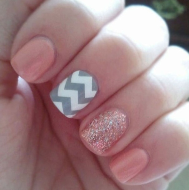 Light Pink with Gray Chevron  I soo want to do this to my nails!(: