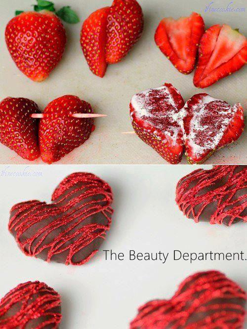 Corazón de fresa y chocolate.                                                                                                                                                                                 Más