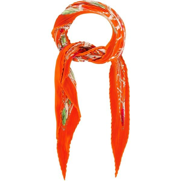 Pre-owned Herm?s Grande Roue Silk Pliss? Scarf (€230) ❤ liked on Polyvore featuring accessories, scarves, orange, hermes shawl, multi colored scarves, pure silk scarves, colorful scarves and hermes scarves