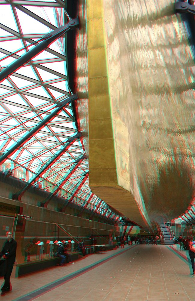 The Cutty Sark in London - 3d photo. This attraction in London (Greenwich) is fantastic. As you can see here, you can stand under the ship! Definitely worth the money to visit - don't miss it.