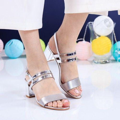 Promotie • Sandale Selinas argintii cu toc gros