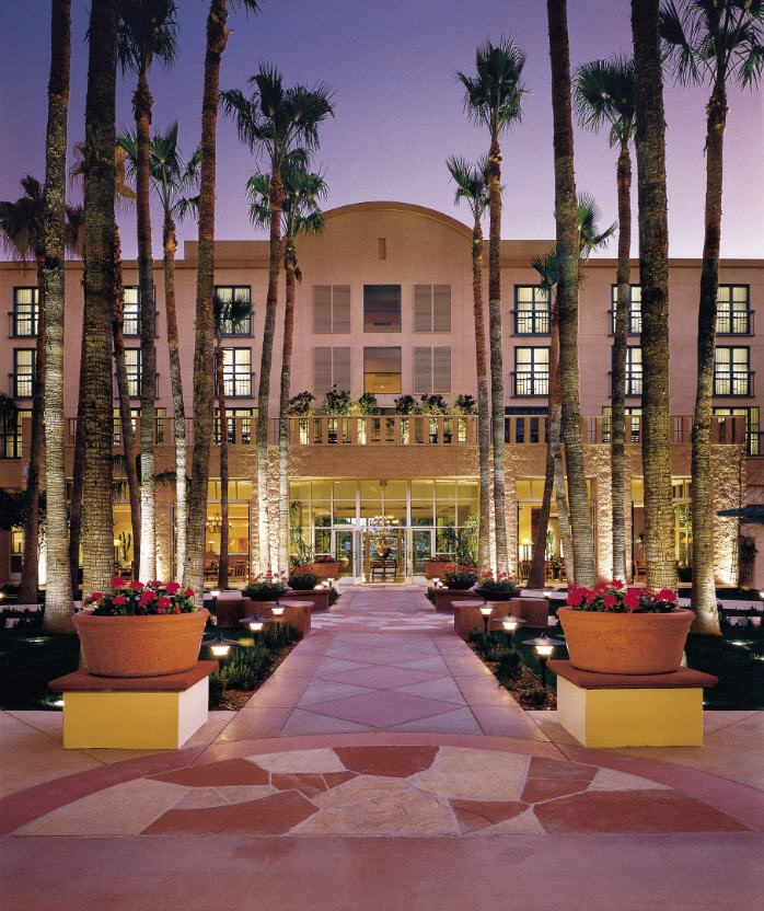 Located In The Heart Of Downtown On Mill Avenue Tempe Mission Palms Hotel Conference Center Welcomes You With Elegant Southwestern Hospitality