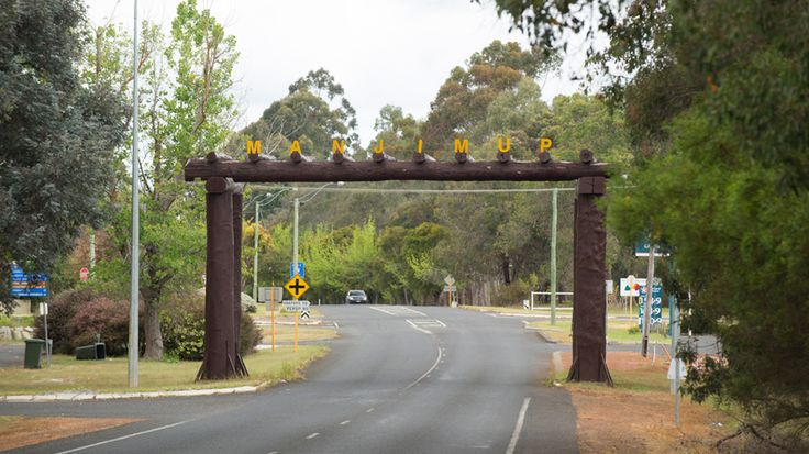 Entry into Manjimup town