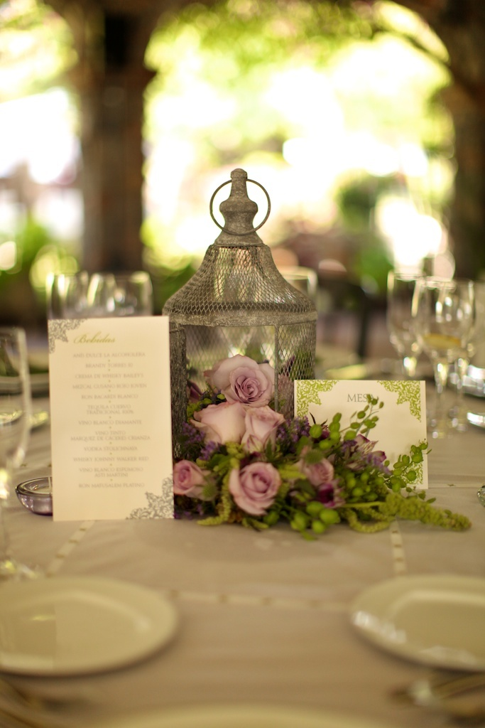 Wedding centerpiece antique style foto debora fossas