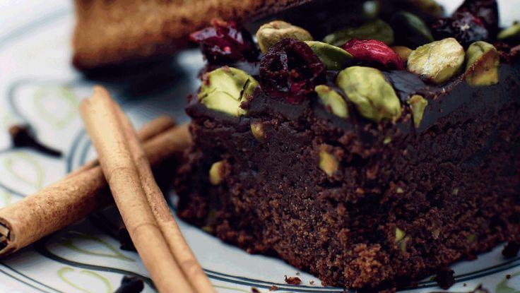 Jule- brownies med pistacie og kanel