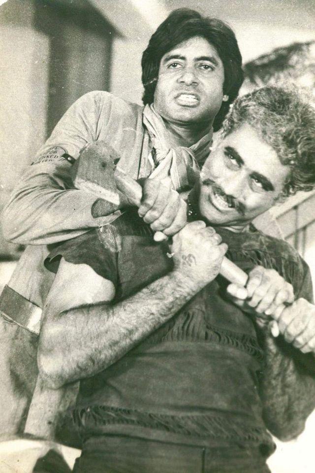 Amitabh Bachchan puneet issar | Amitabh bachchan, Retro bollywood, Cinema