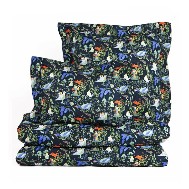 Lucioles Night Duvet Cover - Little Cabari #nursery #inspiration Available on smallable.com